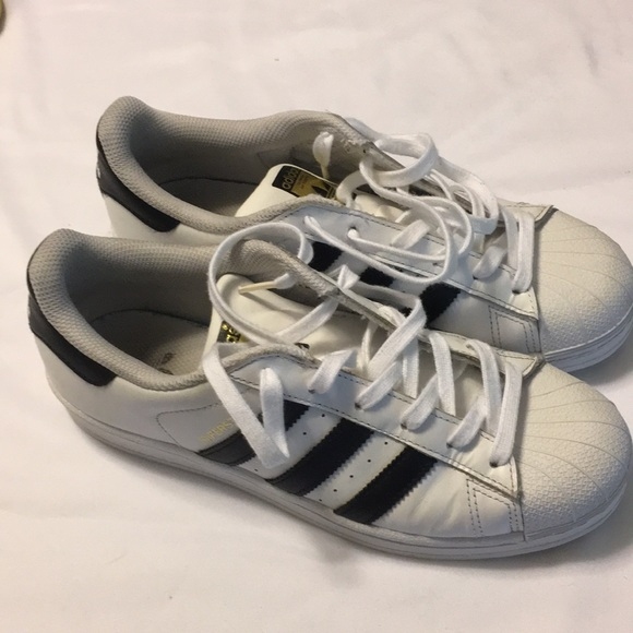 97ea57753d13f8 adidas Other - Adidas Superstar sneakers boys sz 7 white   Black